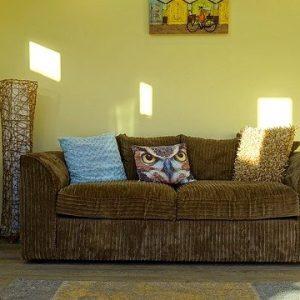 Comment rénover un vieux canapé?